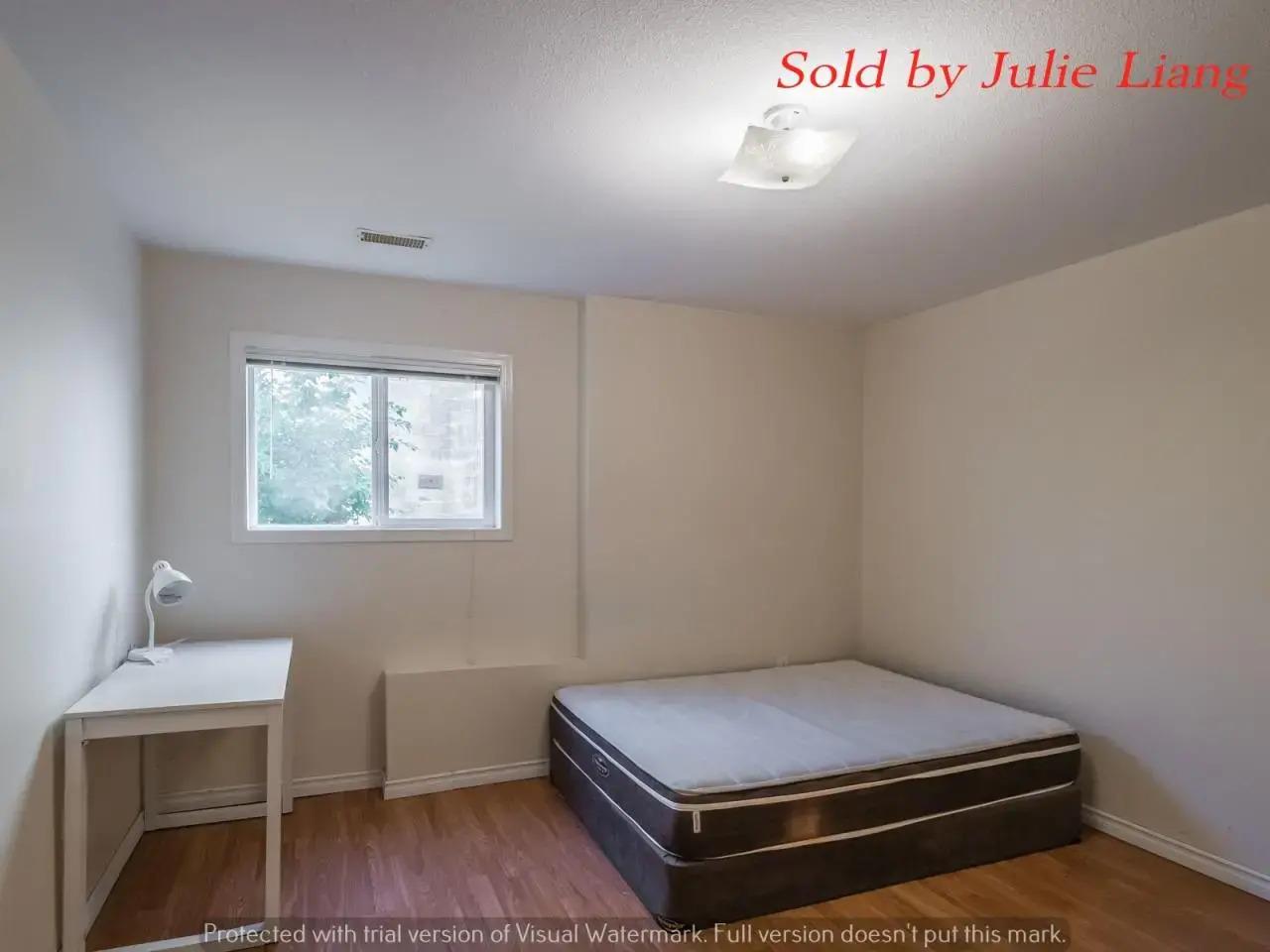 - Just Sold ! 纳奈莫房产最新售出大学附近七室五卫海景别墅